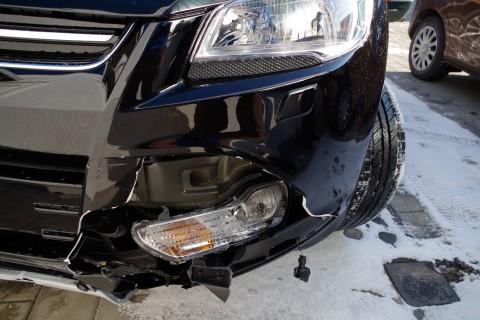 Frontschaden Ford Kuga
